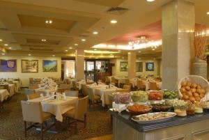 2631759-Central-Park-Eilat-Dining-1-RTS