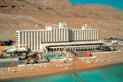 """Гостиница """"Leonardo Herods Dead Sea (ex. Plaza)"""" - Комфортабельный отель расположен в южной части курортной зоны Ейн – Бокек непосредственно на берегу Мертвого моря"""