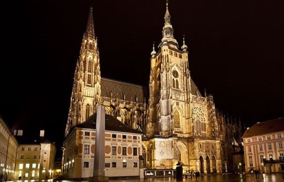 c-prague-st-vitus-cathedral-1