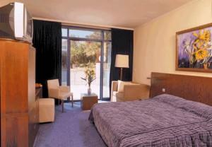 central-park-hotel-eilat-bedroom